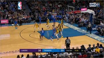 NBA/戴維斯包辦最後八分 詹姆斯關鍵抄截險勝雷霆