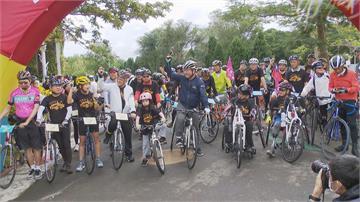 騎鐵馬拚觀光! 林佳龍「一號學員」推友善自行車