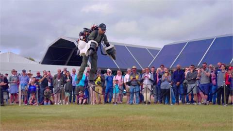 再破紀錄!英國鋼鐵人展示首款「電動飛行裝」