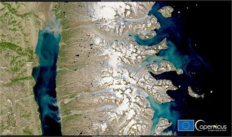 格陵蘭氣溫比往年夏天高10度 冰層大規模消融