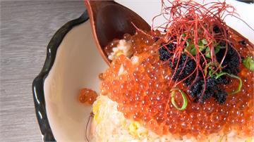鮭魚炒飯變親子炒飯!吃得到滿滿鮭魚卵
