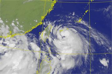 快新聞/輕颱哈格比逼近 最新路徑預報曝光「雨越晚越大」