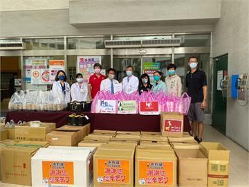 力挺防疫醫護人員!台南市議長郭信良暖送物資到奇美醫院