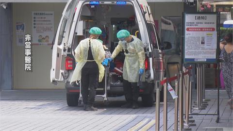 最煎熬的困境!染疫母子送不同醫院 8旬老婦不停問:我兒在哪?