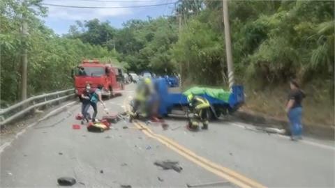 台11線大小貨車對撞 小貨車車頭毀 駕駛乘客重傷