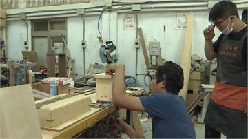 泰北山區做公益 木工科學生義賣板凳籌旅費