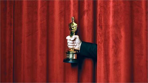 奧斯卡93得獎名單出爐 《游牧人生》勇奪3獎成最大贏家!