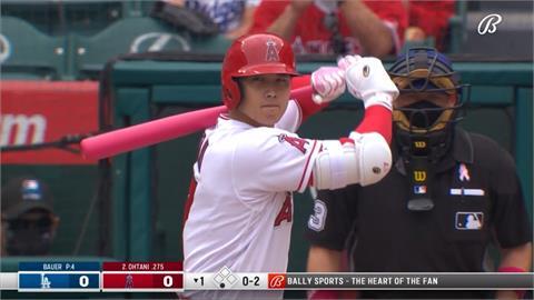 MLB/大谷翔平一局下又秀快腿!「二刀流」跑出內野安打