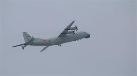 快新聞/颱風天來亂! 中國1架次運8闖我空域    空軍防空飛彈追監