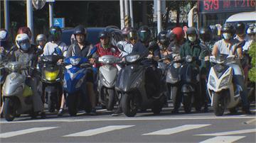 北市鄭州與塔城街口禁止左轉 機車路權會揚言再發起「待轉大富翁」