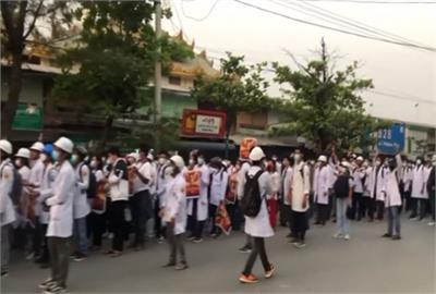 2全民盟成員疑遭虐死 緬甸醫護清晨示威