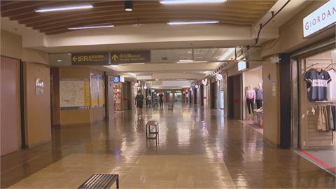 雙北升級至三級警戒 街頭人潮銳、店家沒生意