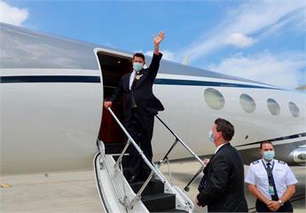 快新聞/旋風訪台不到48小時 美國務次卿柯拉克下午搭機離台