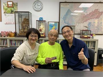 台中最高齡!96歲翁考取長照人員認證 1關鍵心願曝光
