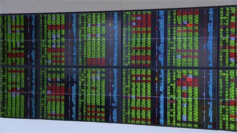 台積電失守6百元 台股跌217點勉強守萬六