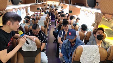 太魯閣號出軌/宋逸民等50位藝人險搭出軌台鐵!改搭客運逃過一劫