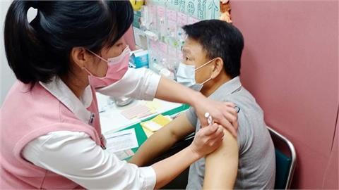 洪一中打完疫苗後17小時回報 身體無特別狀況