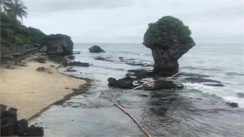 快新聞/大林外海「輸油管線破裂」飄散至小琉球 海巡署急架攔油索