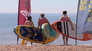 英國取消外出禁令 海灘景點湧現人潮