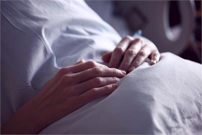 慘淪「人體培養皿」?她染疫216天「病毒突變32次」專家:新來源