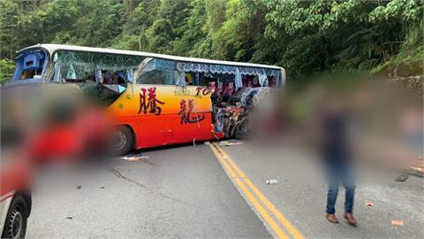 蘇花6死事故查出「遊覽車座椅少2顆螺絲」林佳龍:檢討現行驗車制度