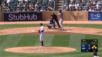 MLB/大聯盟美技大集合!雙城本季第二度三殺