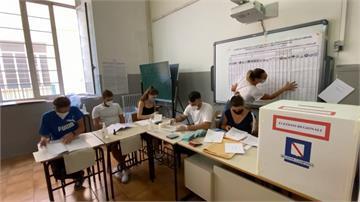 義大利修憲公投登場若通過將大幅減少國會席次