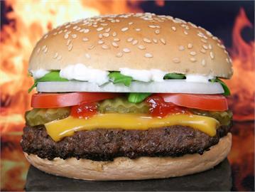 均衡飲食怎麼做?營養師「1個漢堡、1份水果」6大類食物全包!