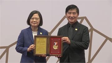 總統創新獎 激發台灣創新能量 人文設計、長照、Whoscall設計者獲獎