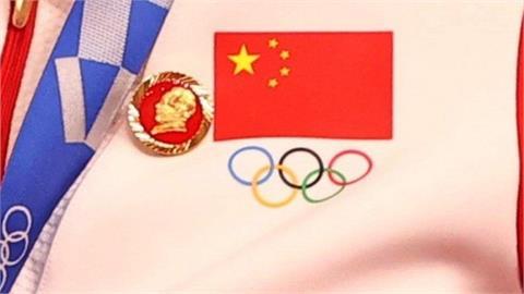 東奧/糗了!中國自行車冠軍頒獎戴毛澤東像章 引違規急解釋:不會再犯了