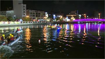 台南夜間龍舟賽登場 無人機、煙火秀炒熱氣氛