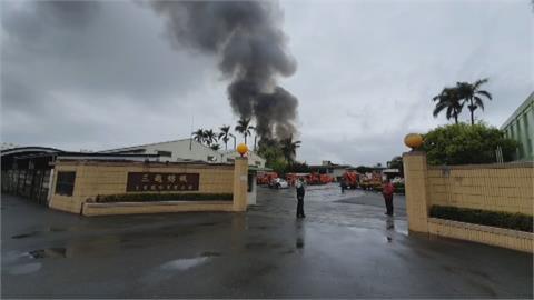 彰化紡織工廠火警 驚人蕈狀濃煙衝天