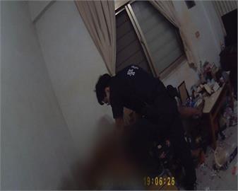 警上門拘提遭攻擊! 遭嫌犯持刀刺中腹部仍在加護病房