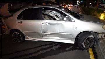 毒犯開車撞3偵防車 警追4公里自撞遭逮