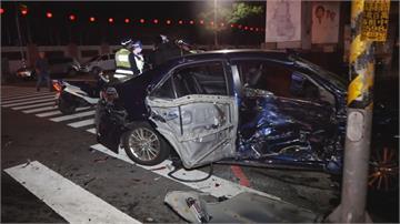 兩車路口未減速碰撞 轎車駕駛酒測值0.20