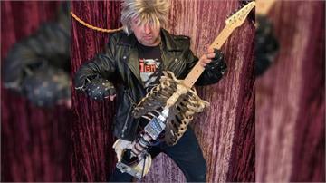 名副其實的「骸骨吉他」你敢彈嗎?把叔叔遺骨改造成狂野電吉他
