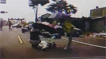 汽車駕駛突開車門 騎士撞飛頭部著地重創不治