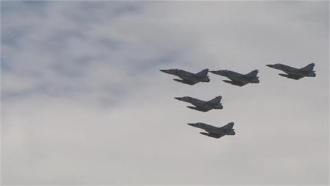 快新聞/F-5E彈射座椅更換只用1年? 空軍司令部反駁:納入新式飛機構型設計