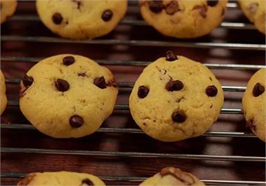 居家防疫食譜分享!「迷你巧克力曲奇餅乾」簡單快速完成