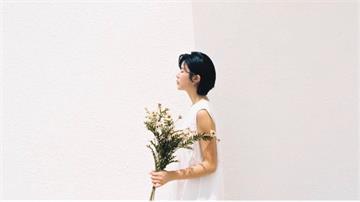 陳璇忍淚發千字文 最後一次用相機幫龍劭華拍照 「好想再抱抱你,聽你叫我妹妹」