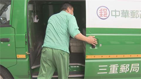 忙炸!郵政每天14萬件包裹投遞 交通部:協調機車、小黃協助