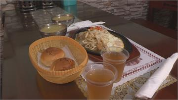 「100元吃三餐」暖心牛排館給6年溫飽姊弟長大尋人報恩 老闆娘說話了…