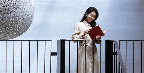 用閱讀整理繁亂的思緒。適合待在家品味的 4 本日系書單:讓細膩文字和平凡故事撫慰心靈