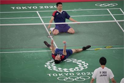 東奧/黃金男雙「麟洋配」發威! 直落2擊敗日本前進4強準決賽