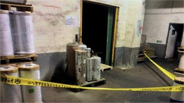 新竹湖口塑料廠電梯爆衝 維修工人頭受重創慘死