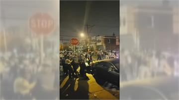 非裔男持刀與警對峙遭槍殺 引爆費城示威潮