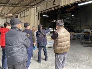 快新聞/台南橡膠工廠意外! 20歲男子遭攪拌機捲入當場死亡