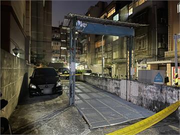 快新聞/大安區停車場鐵柵欄突砸落! 5旬男遭重壓送醫不治