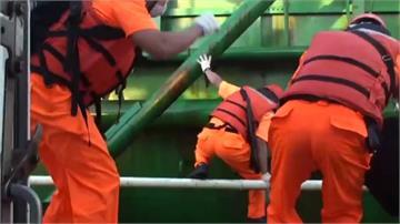 中國抽砂船又來!海巡取締20多艘 各重罰60萬