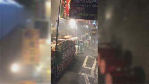 饒河街雞腿捲攤位火警 往上竄燒排油煙管